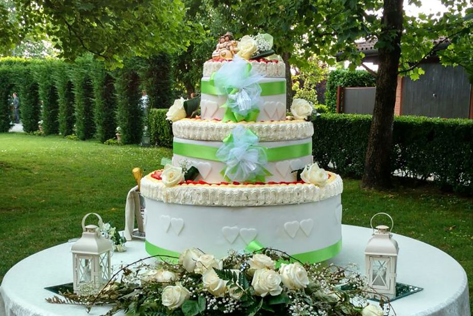 torta di matrimonio al ristorante de firem rostec